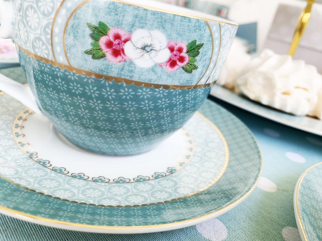 filiżanka porcelana pastelowa