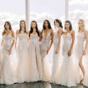 10 zachwycających koronkowych sukien ślubnych [GALERIA]