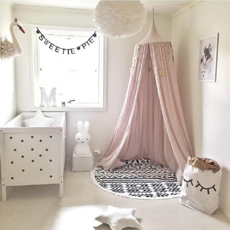 pokój dziewczynka różowy