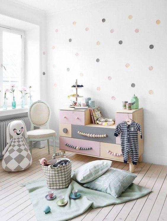 pokoj dla dziecka w pastelach