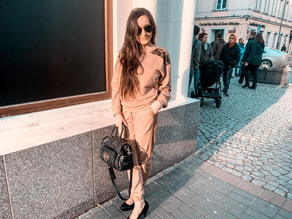 elegancka bluza dresowa