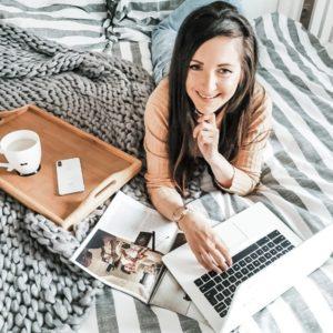 Ile można zarobić pracując zdalnie w domu i co można robić?