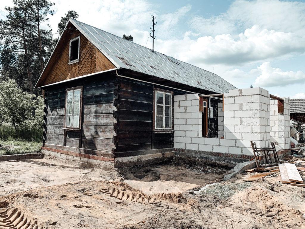 remont starej chaty z bala