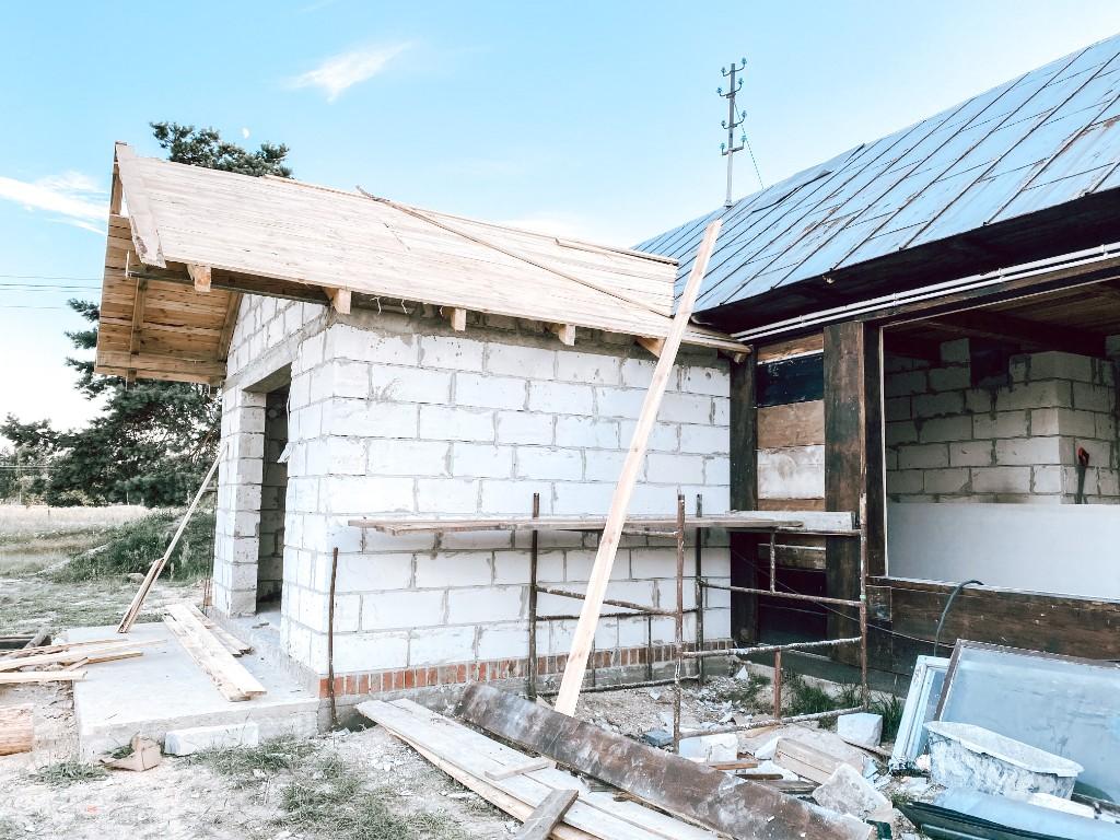 drewniany dom remont
