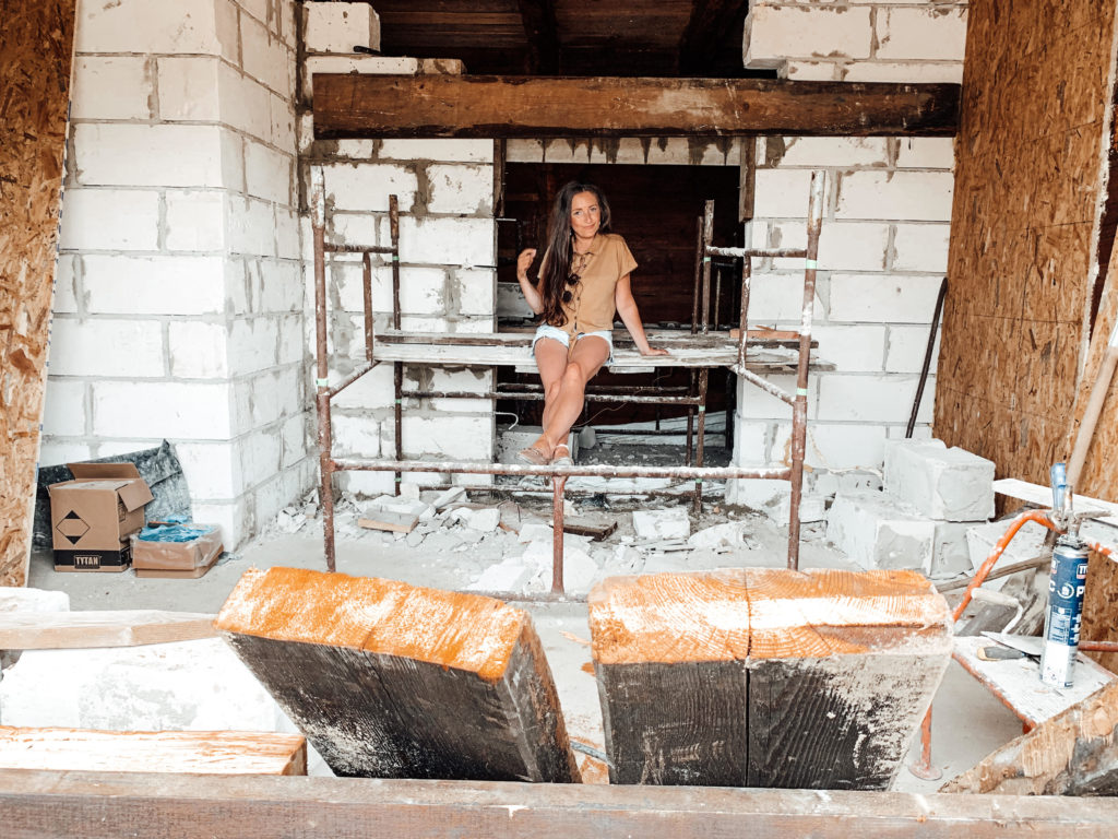 remont starej chaty na wsi etapy
