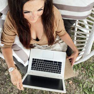 Podkładka, która blokuje do 99% promieniowania z laptopa [HIT!]