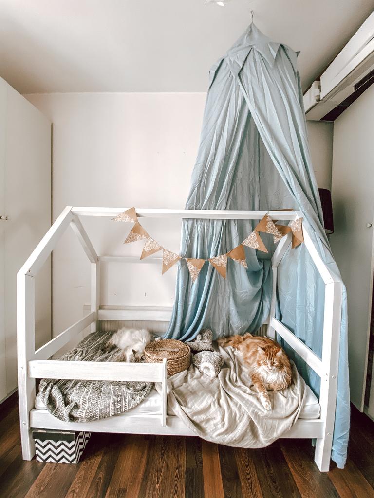 baldachim w pokoju dziecka