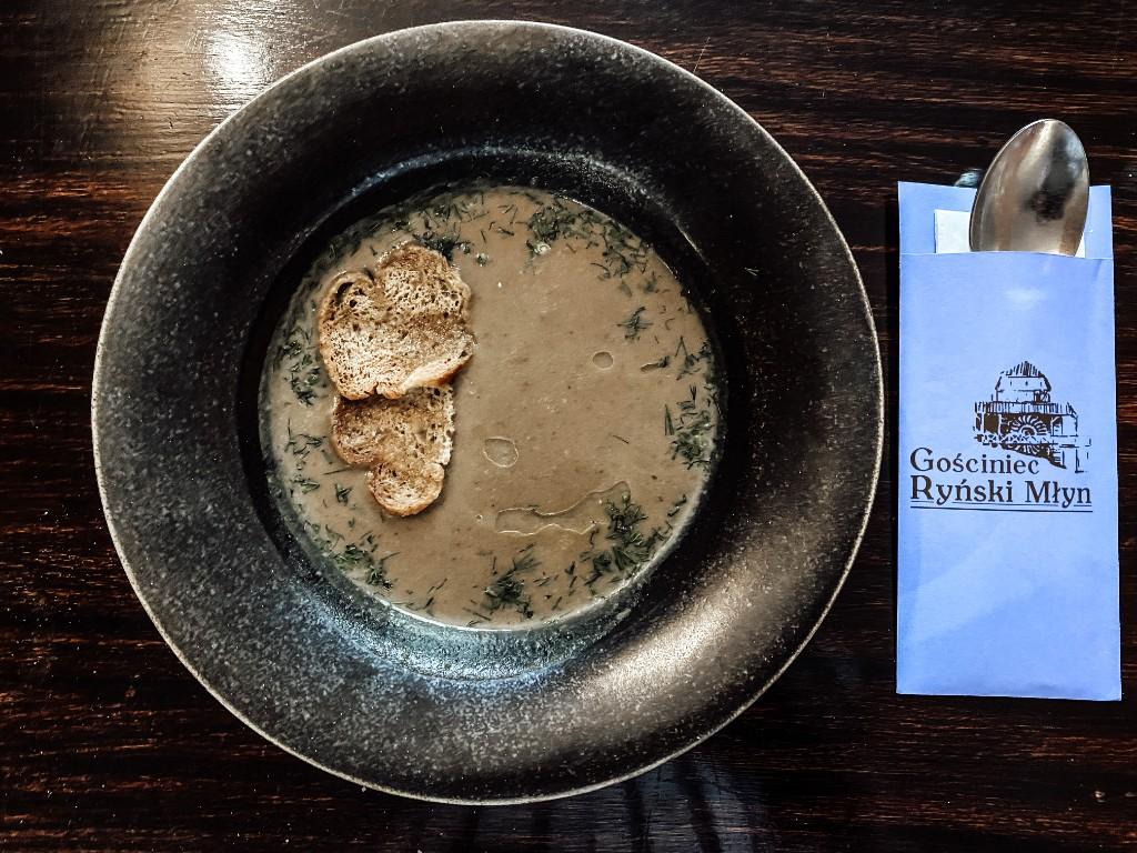 dania w restauracji hotel zamek ryn
