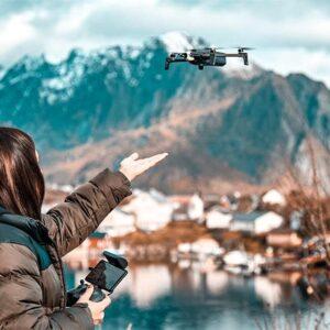 10 faktów o lataniu dronem – kto może, jakie są zasady, ile kosztuje