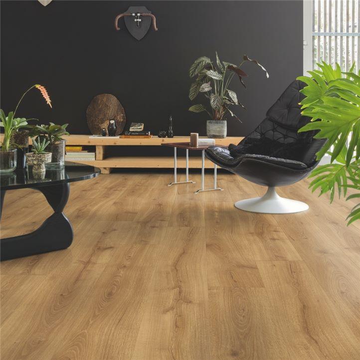 drewniana podłoga do biura