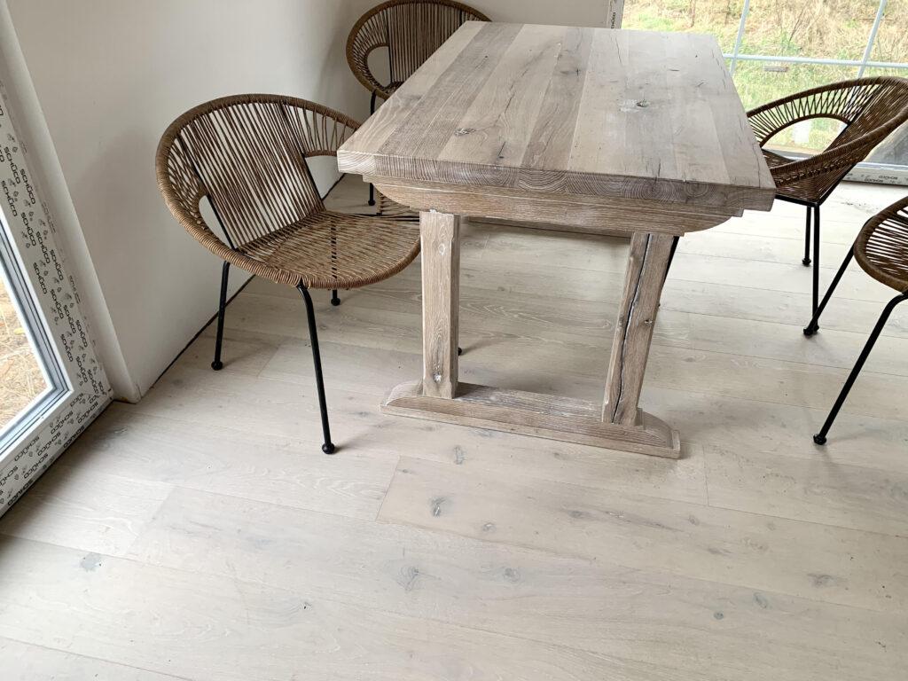 stół dębowy na indywidualne zamówienie