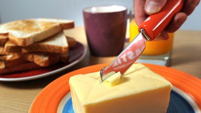 podgrzwany nóż do masla gizmodo