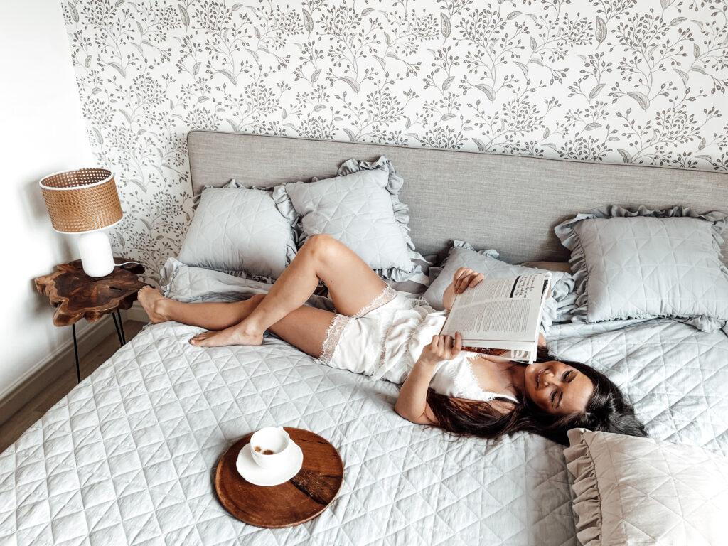 rustykalna sypialnia tapeta
