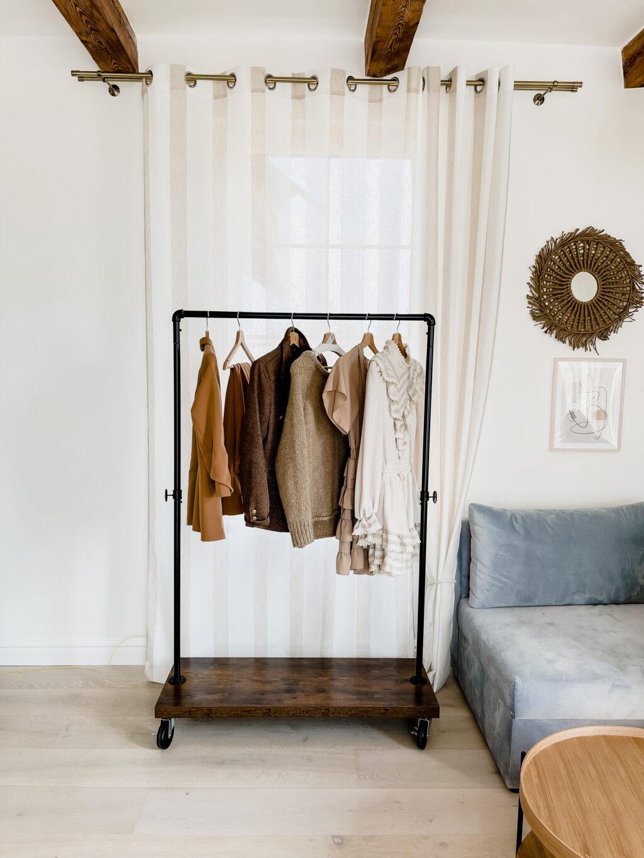 wieszak na ubrania rustykalny