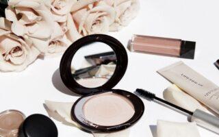 wiosenne kosmetyki do makijazu