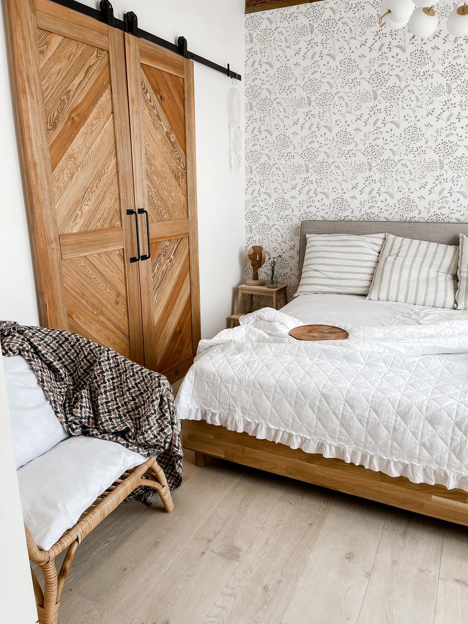 przesuwne drzwi drewniane